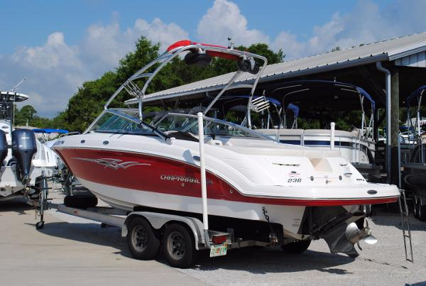 Chaparral 236 SSi 2008-CHAPARRAL-236-SSI-WAKEBOARD-SKI-USED-BOAT-FOR-SALE