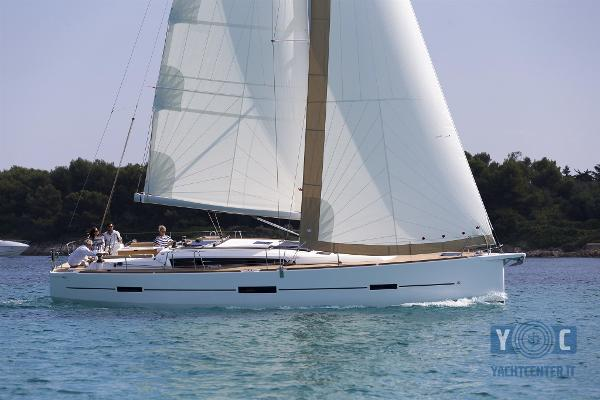 Dufour Yachts 460 Grand Large 150901DUFOUR460_3JML7934_copie.jpg