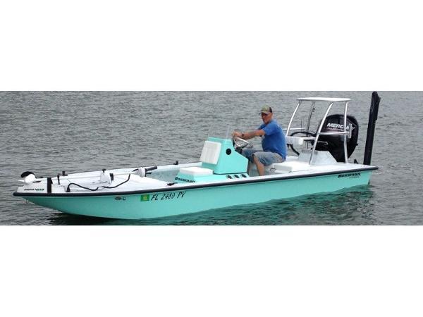 Bossman Boats Skimmer Lodge Edition 18'
