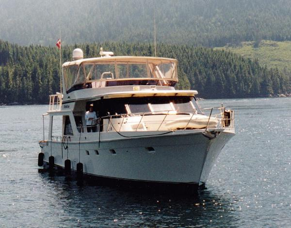 Note huge Enclosed Flybridge