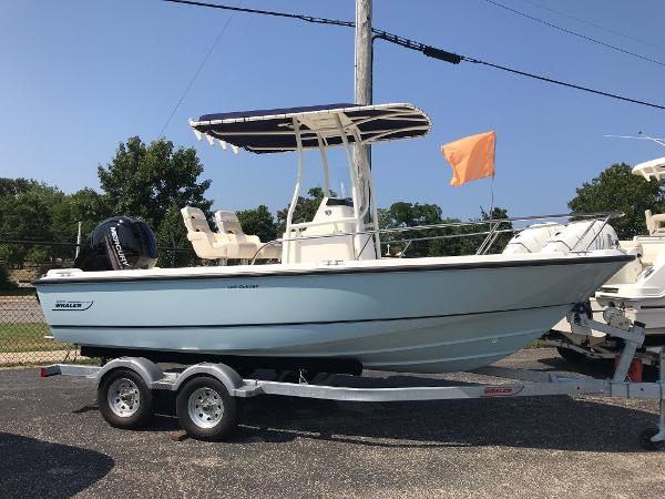 Boston Whaler 190 Outrage
