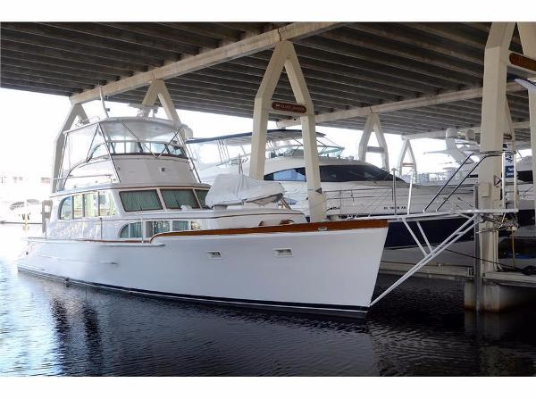 Custom Classic Trawler 49' Custom Classic Trawler HELVETIA