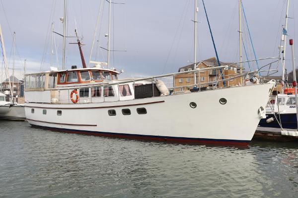 Classic Fleur de Lys motor yacht Classic Fleur de Lys motor yacht