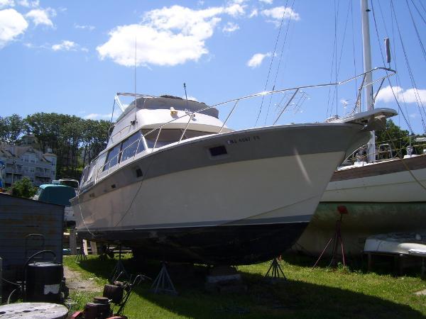 Silverton 40 Aft Motor Yacht