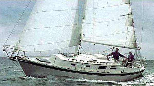 Aloha 32 Sloop Brochure Photo