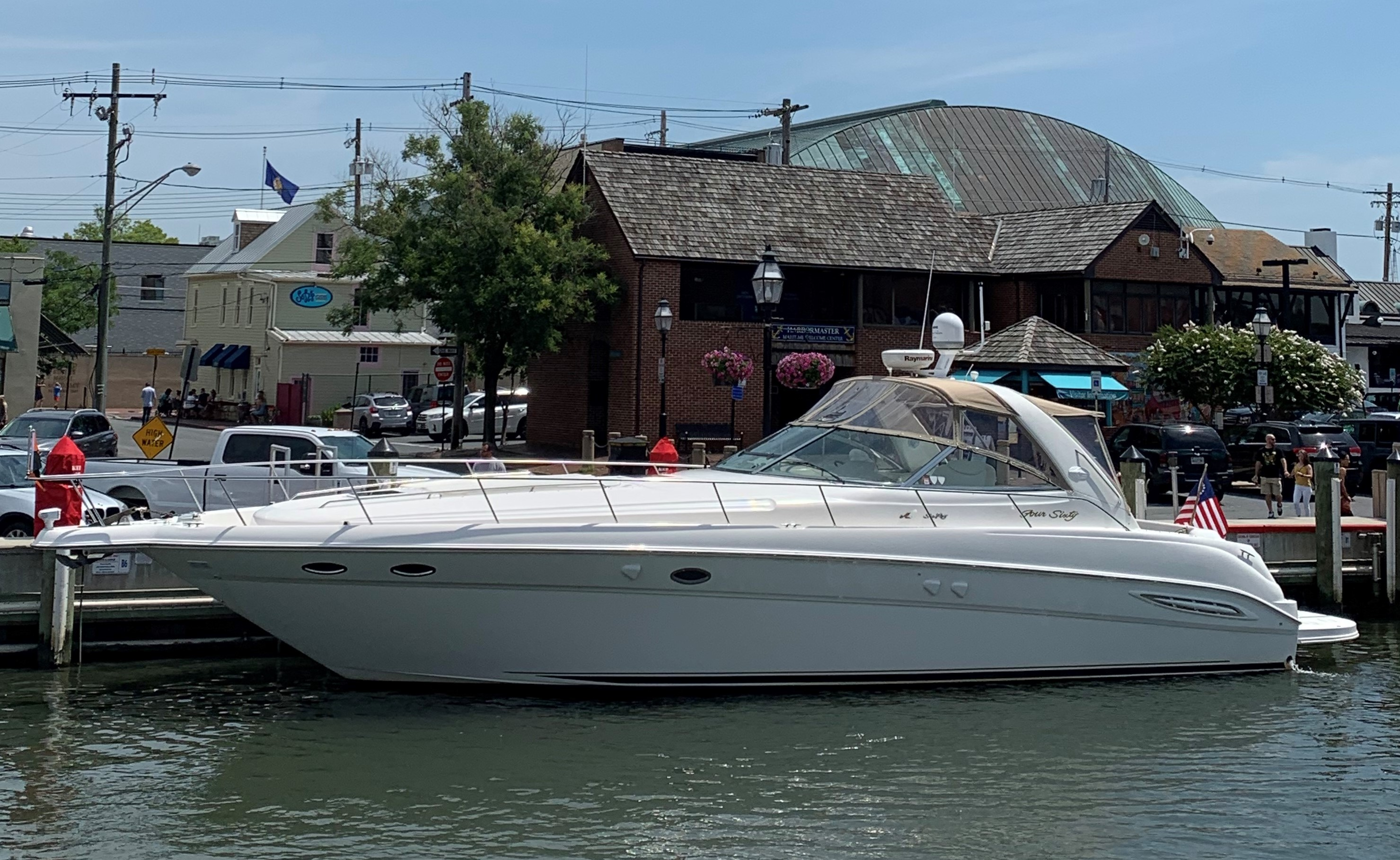 "Sea Ray 460 Sundancer ""HALE YEAH II"""