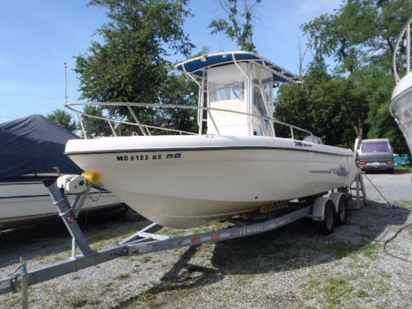 (S) Carolina Skiff 2400 Off Shore Sea Chaser Port Bow