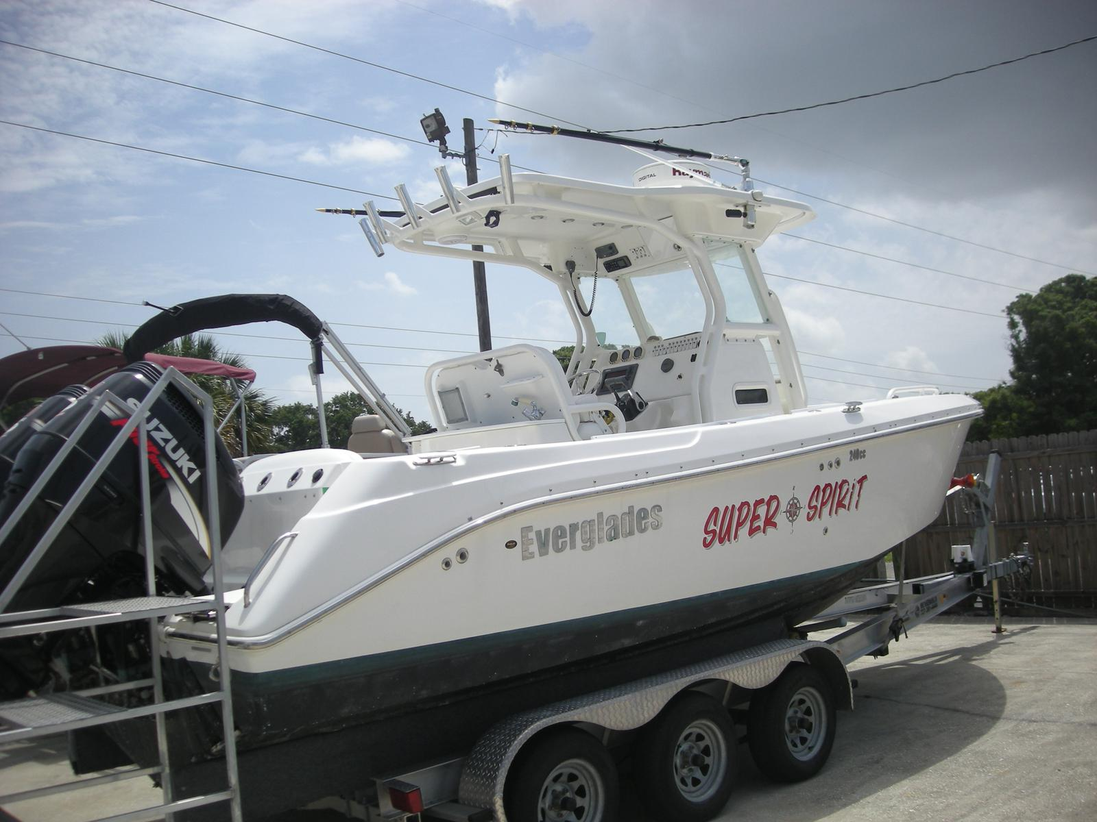 Everglades Boats 240 Cc