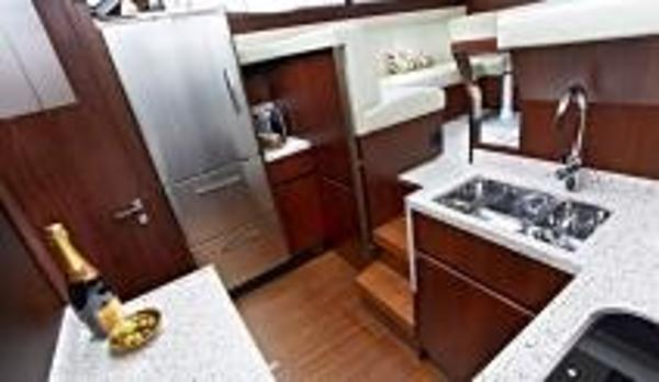 Broom 395 Galley