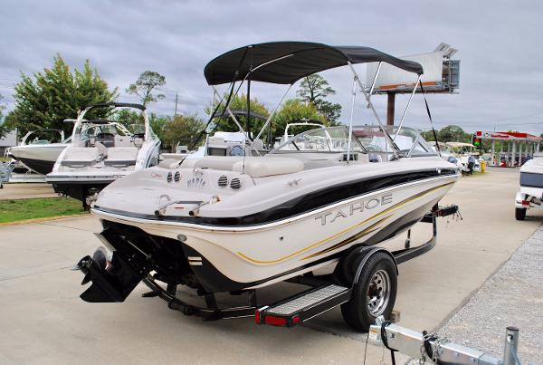 Tahoe Q5i Sport 2008-TAHOE-Q5I-BOWRIDER-FOR-SALE