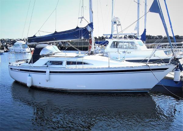 Moody 27 Moody 27 for sale with BJ Marine