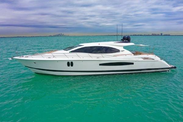 Lazzara Yachts 75 LSX