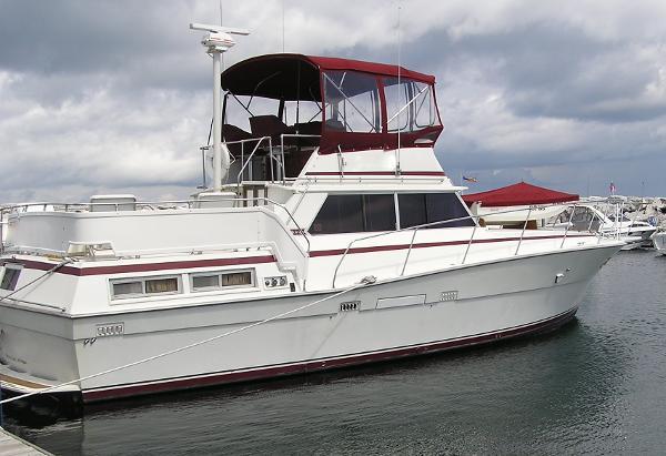 1978 viking yachts 43 double cabin for Viking 43 double cabin motor yacht