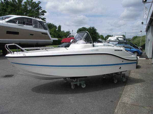 Quicksilver Activ 455 Open Quicksilver Activ 455 Open