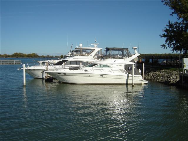 Sea Ray 400 Sundeck