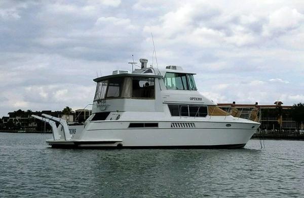 Carver 500 Cockpit Motor Yacht Options