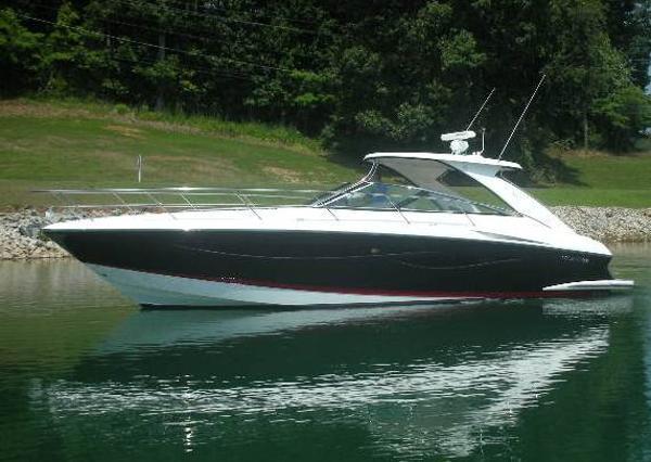 Cobalt 46 Express Yacht