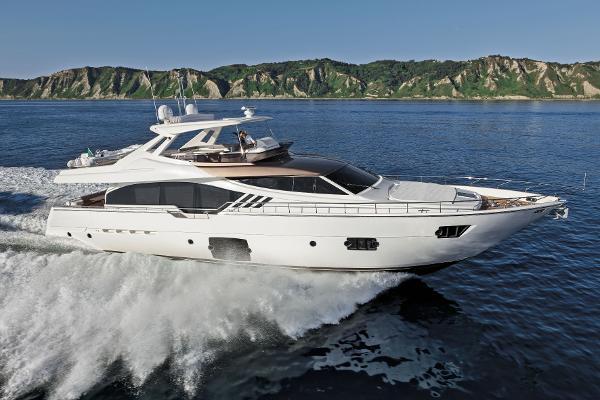 Ferretti Yachts 870 Ferretti 870