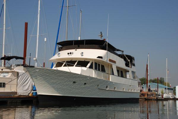 Lars Halvorsen and Sons Bradford 72 Motor Yacht