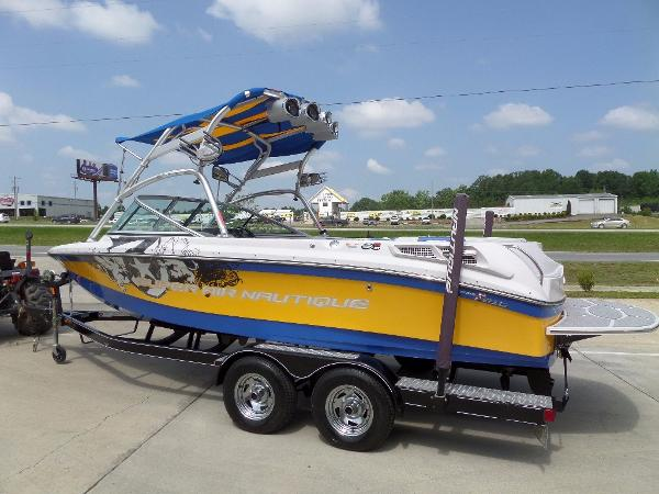 Nautique Super Air 210 Team