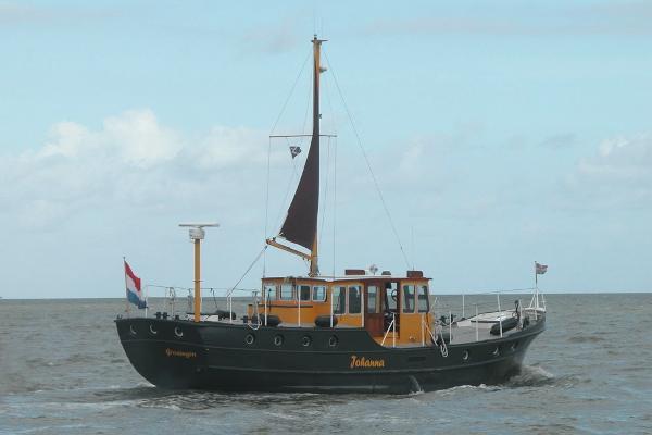 Custom Reis-/woonschip motorboot