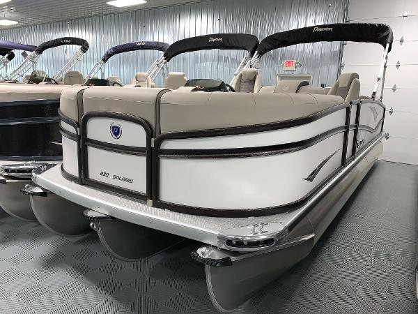 Premier 230 Solaris RF Tritoon