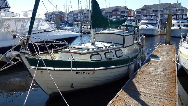 Custom Marina 85 Port Bow