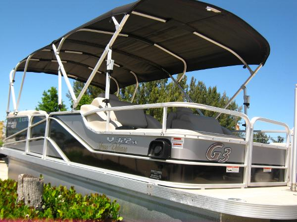 Yamaha Boats Sun Catcher V 322 SS PONTOON