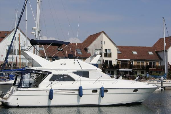 Princess 360 Starboard side