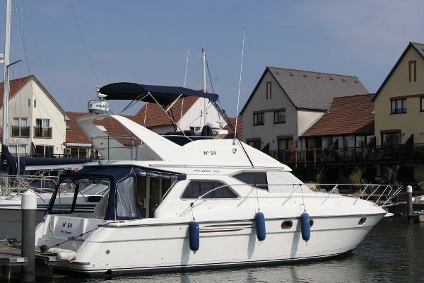 Princess 360 Starboard side - stern