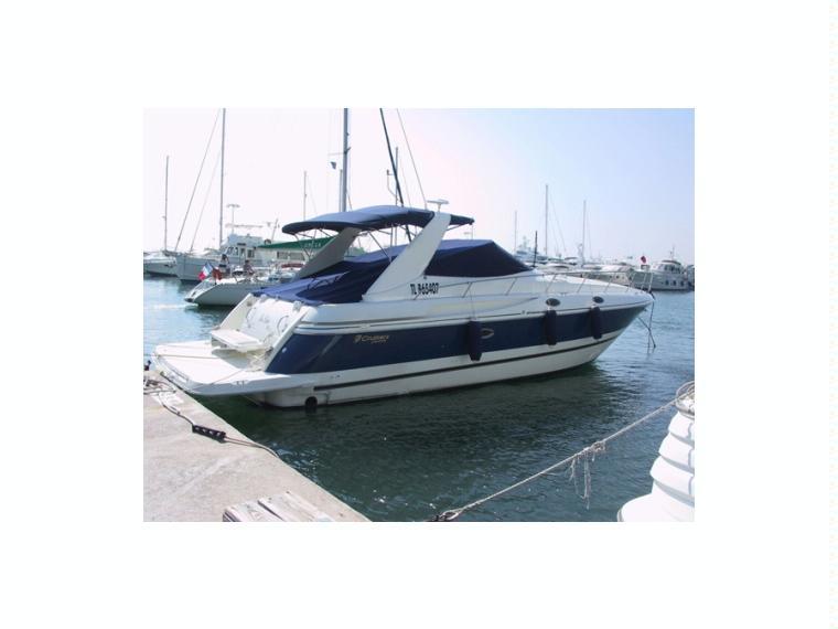 Cruisers CRUISERS YACHTS CRUISERS 3870 EXPRESS FJ38697