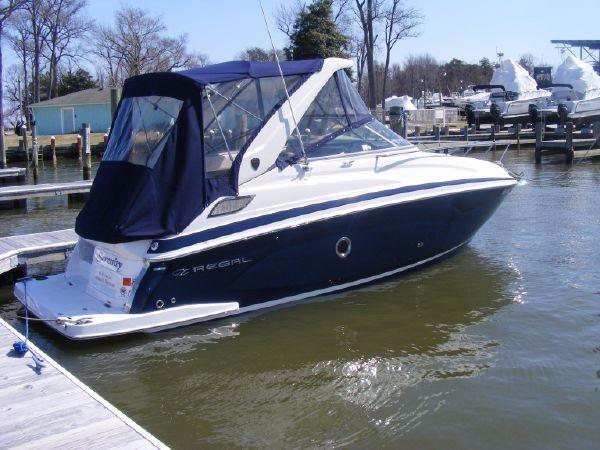 Regal 28 Express Starboard Profile
