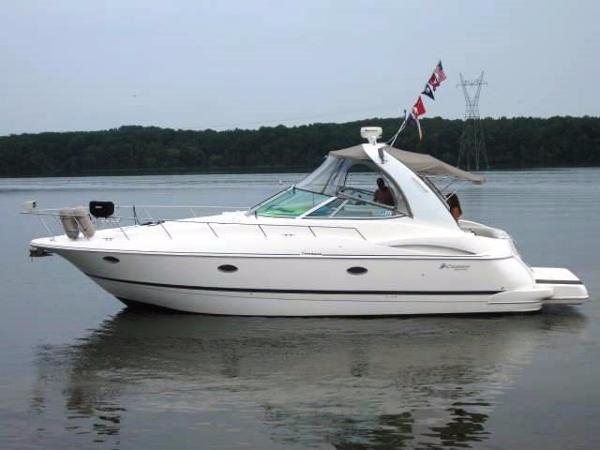 Cruisers Yachts 3772 Cruiser Profile