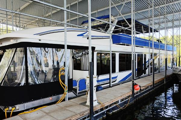 Sumerset Houseboats 18x85