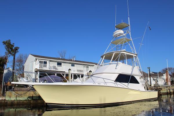 Viking 43 Convertible Port Side