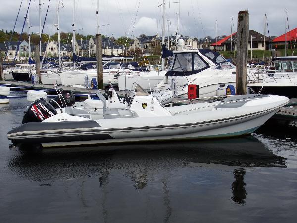 Hysucat Elan 8.5m Hydrofoil Cat RIB
