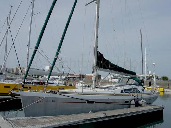 Allures 44 AYC Yachtbroker - Allures 44