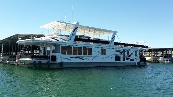 Fantasy 75' X 20' Houseboat