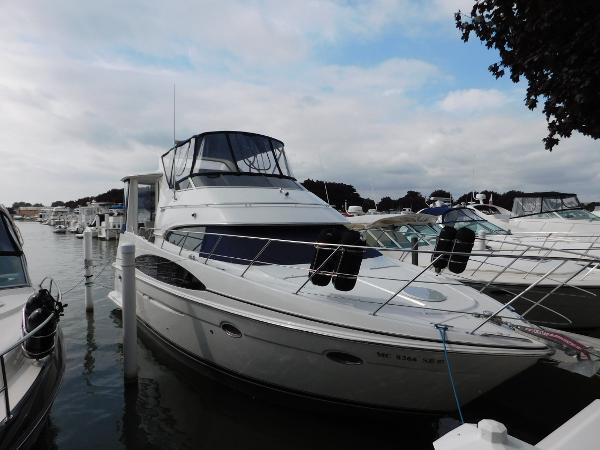 Carver 396 Motor Yacht