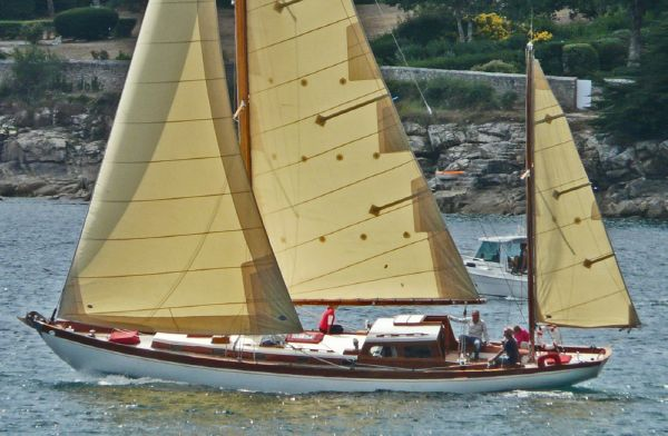 Laurent Giles 47 ft Yawl 1951