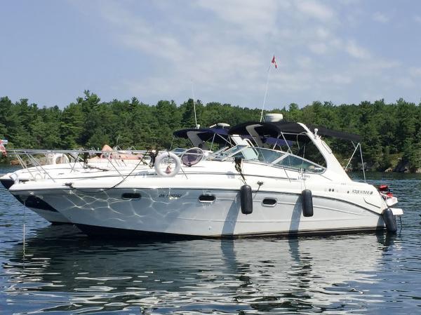 Four Winns 328 Vista Port Profile