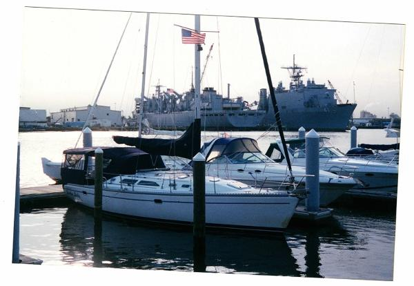Catalina 400 MkII Catalina 400 Docked