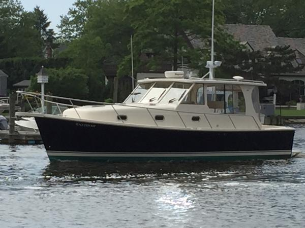 Mainship 34 Pilot Rum Runner