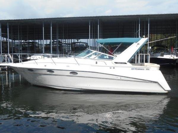 Cruisers Yachts 3070 Rogue Profile