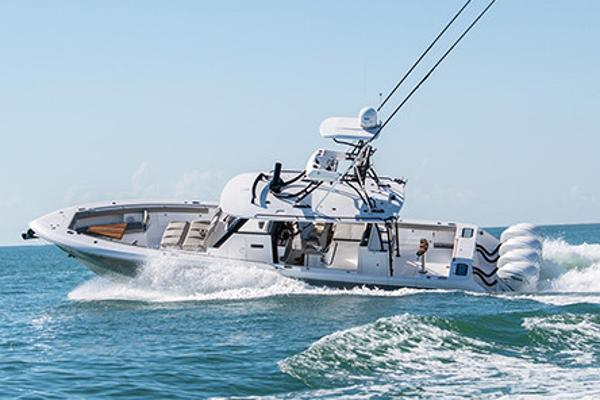 Everglades 435 Center Console Manufacturer Provided Image