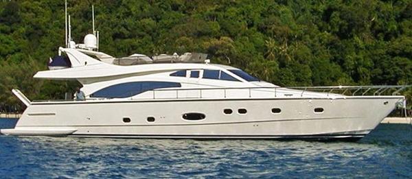 Ferretti Yachts 68