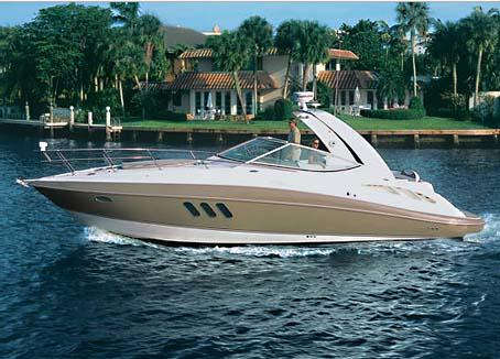 Cruisers Yachts 330 Express Manufacturer Provided Image