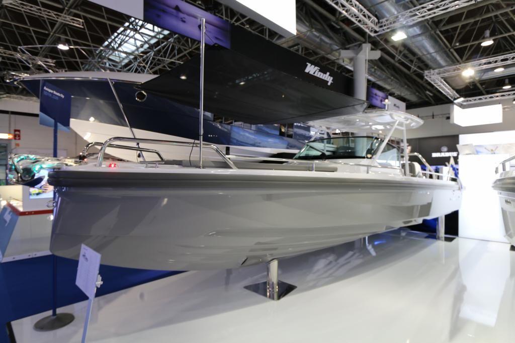Axopar 28 TTop  Ausstellungsboot BOOT 2018