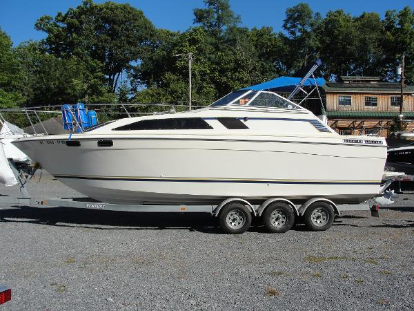 Bayliner Ciera Sunbridge 2750