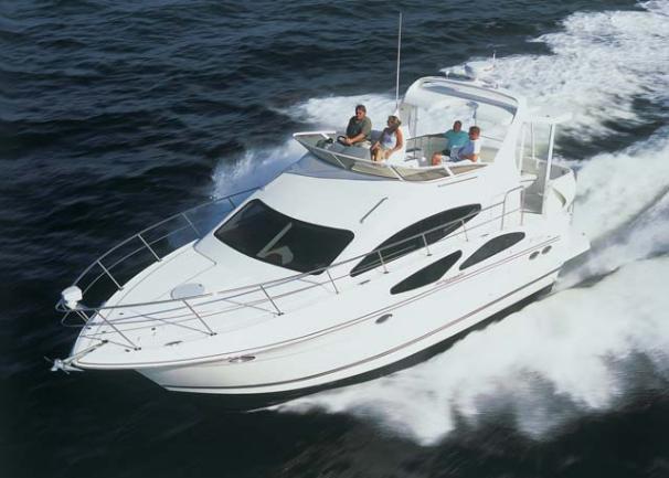 Cruisers Yachts 385 Motoryacht Manufacturer Provided Image
